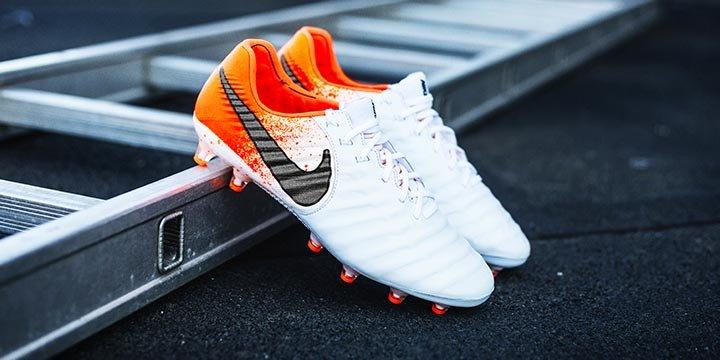 check out f03ae 24d40 Nike Tiempo   Achetez vos crampons Nike Tiempo avec Unisport