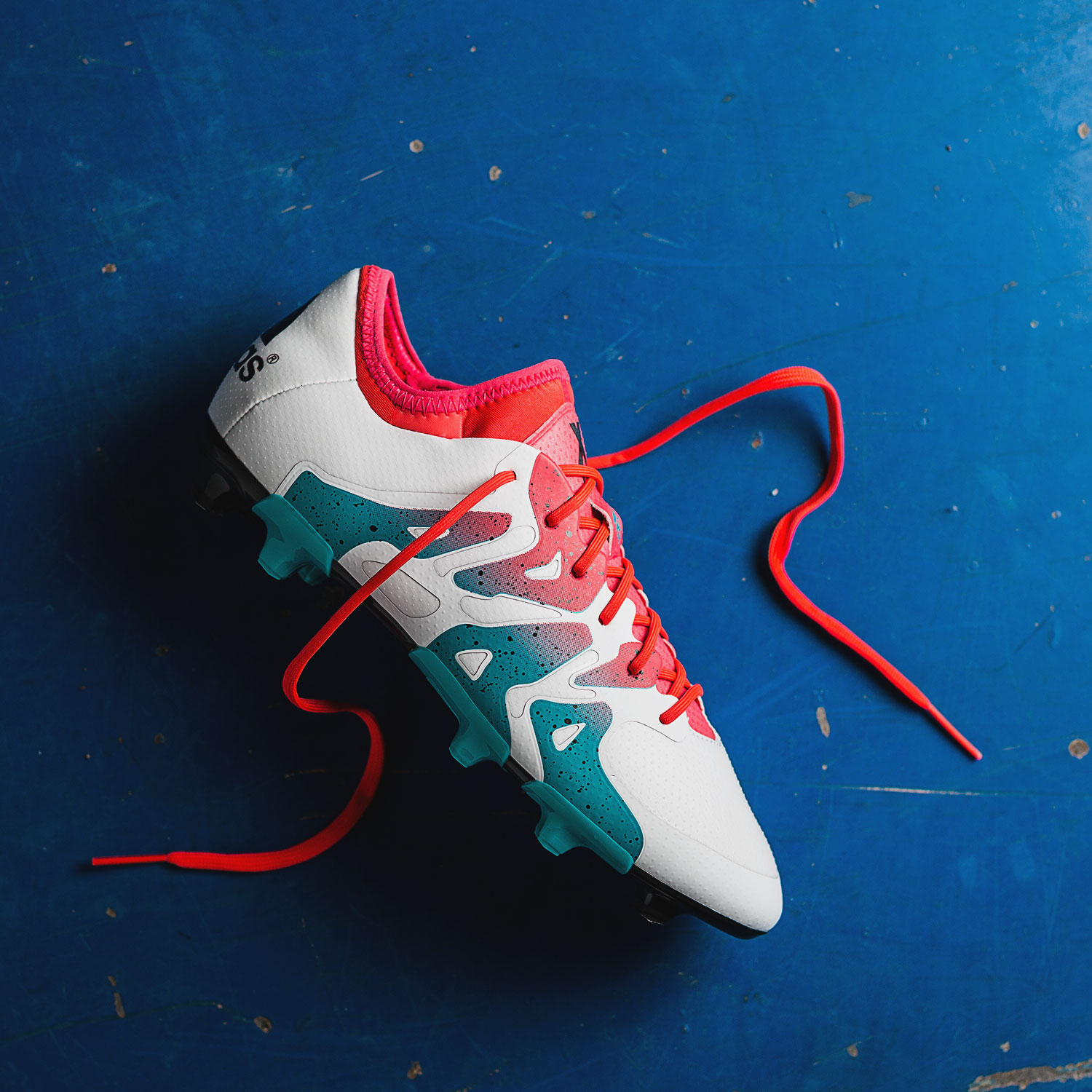 New colourway for the women The adidas X 15.1 |