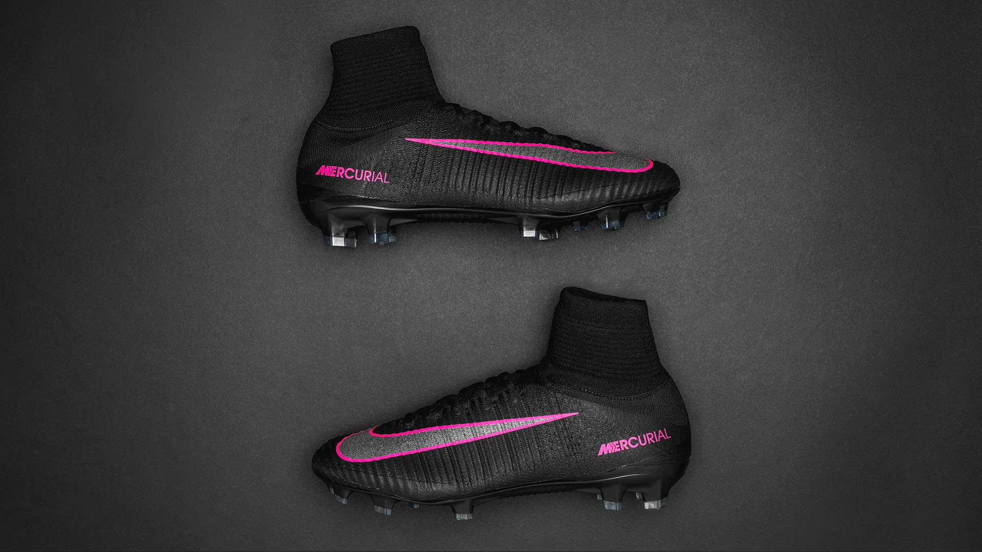 reputable site 07a77 b53a8 Nike Mercurial Superfly Pitch Dark Pack