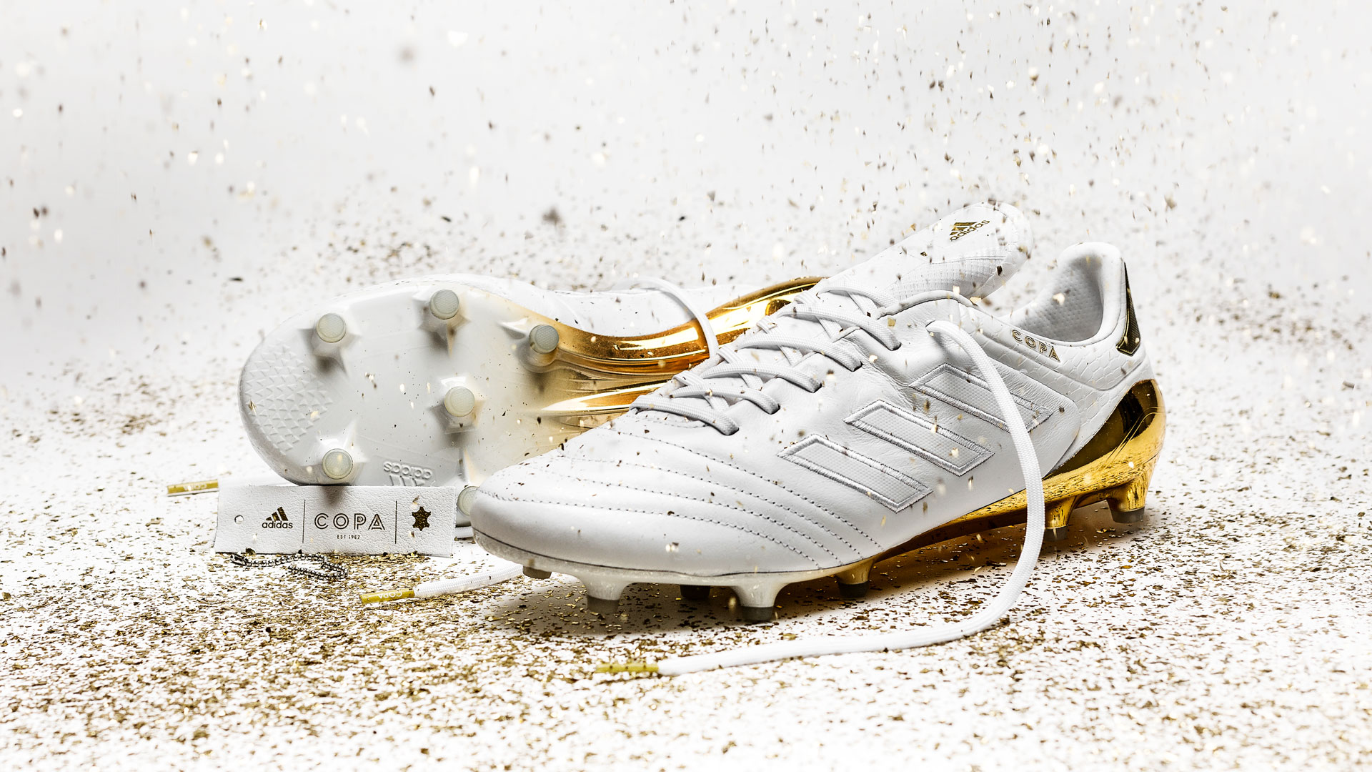 the latest f54e7 dad90 ... adidas Copa 17 Crowning Glory Honouring Kaka, Beckenbauer og Baresi ...