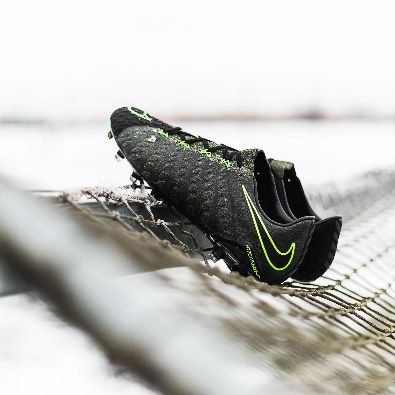 hot sale online 95526 4dbe5 Nike Hypervenom 3 Tech Craft | The Batman Boot