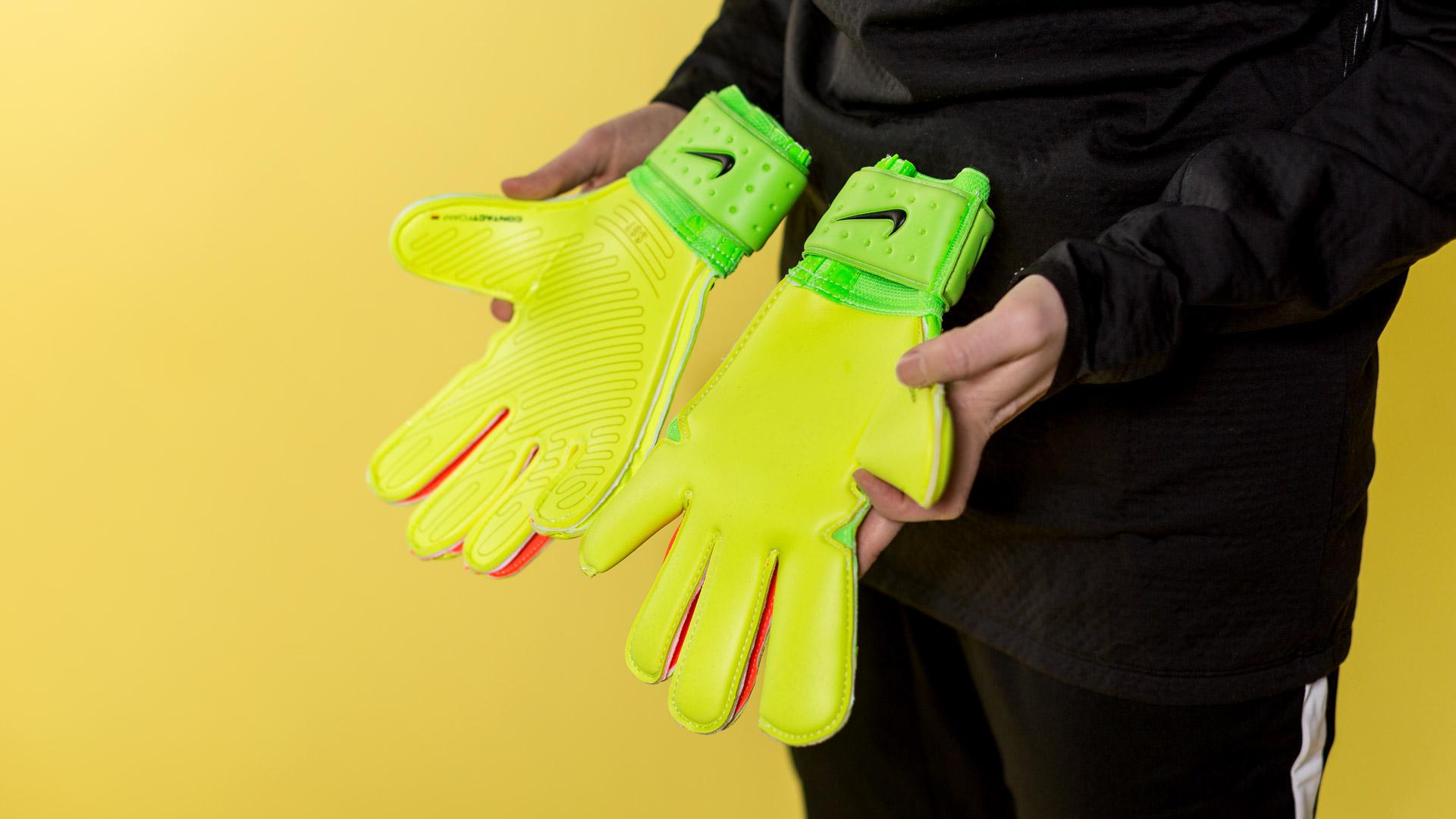Nike Premier SGT or Vapor Grip 3   1b1a695ec