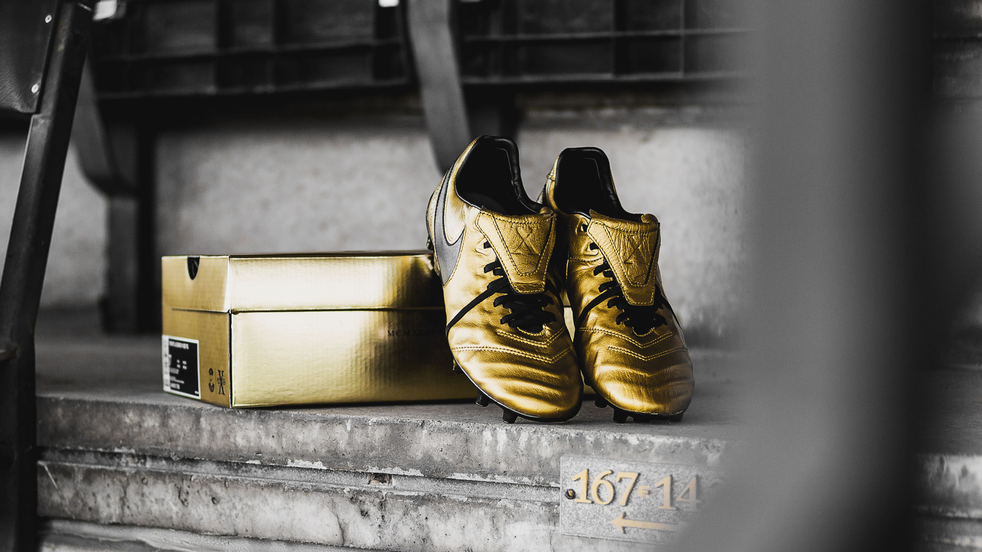 superior quality d74b1 95930 Nike Tiempo Legend 6 'Totti X Roma'