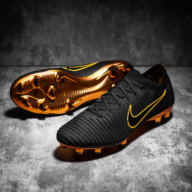 nike mercurial flyknit ultra football boots