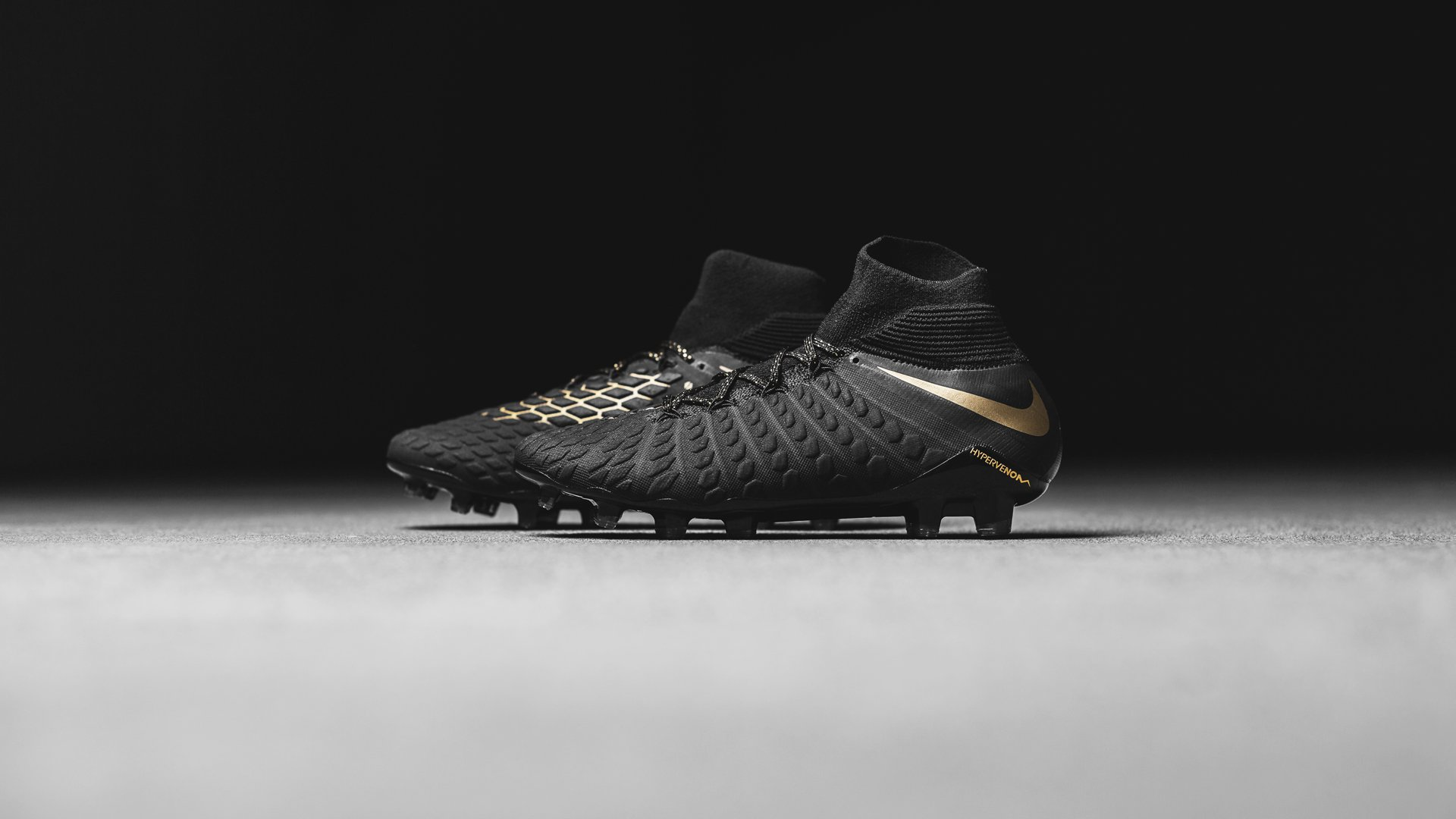 new product 5a0d4 bed9e Nike introduces the new Hypervenom Game of Gold