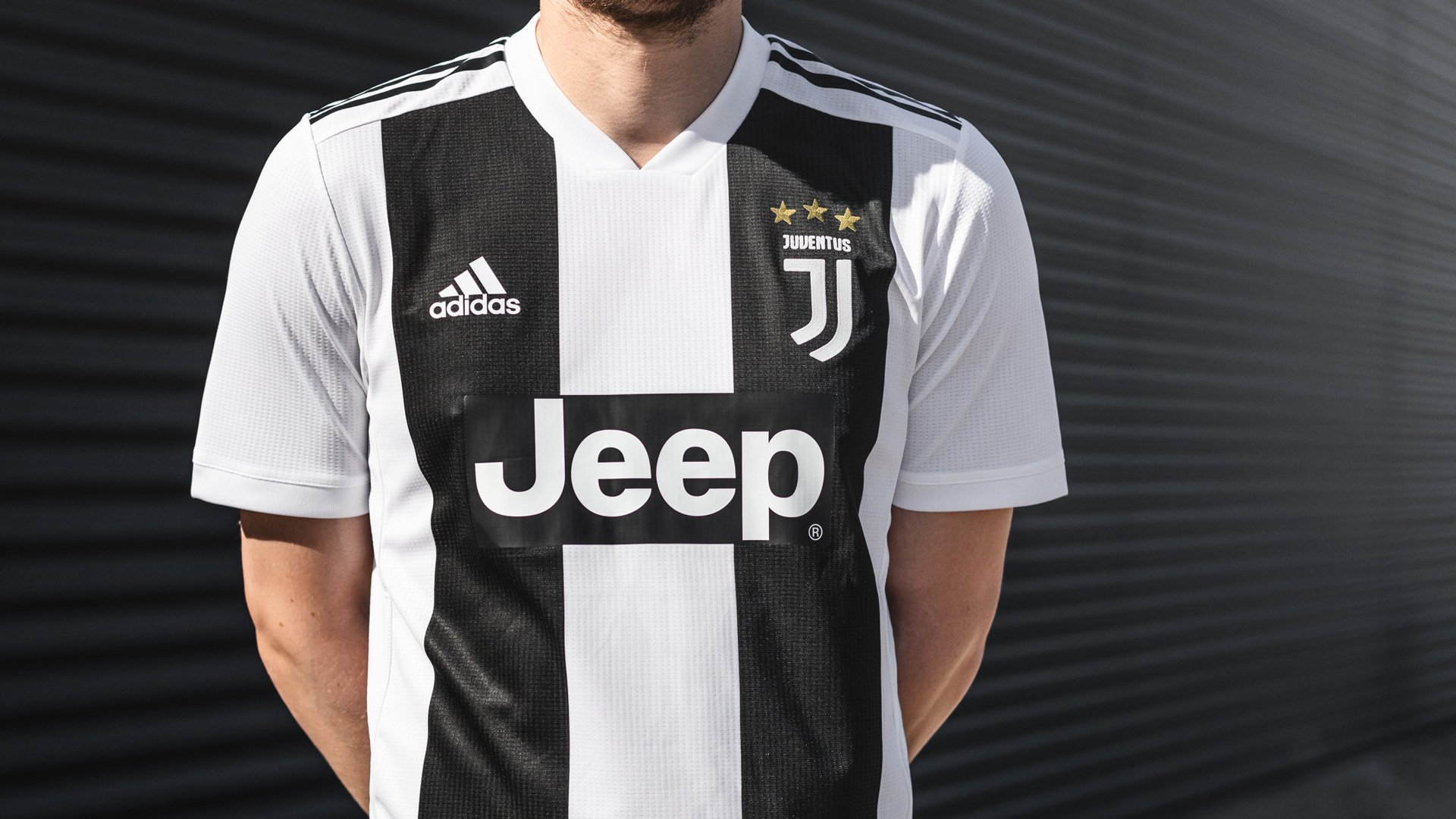 huge selection of bd9b9 7ce9f adidas launches new Juventus home kit