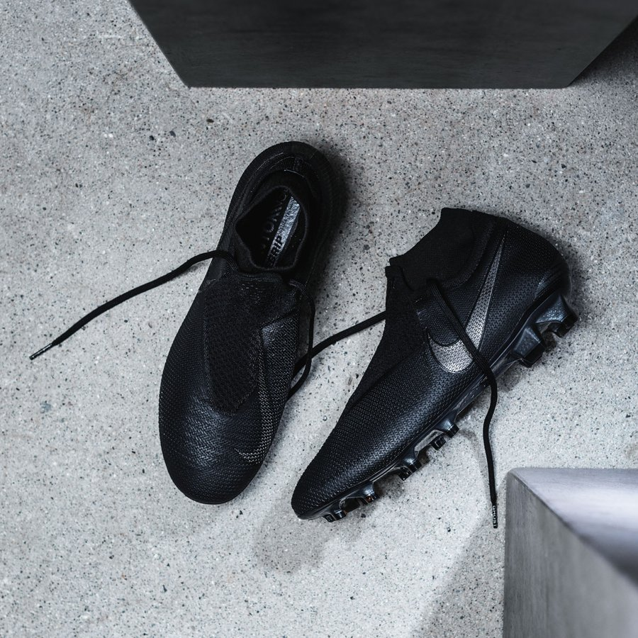 d64fde400 Nike PhantomVSN