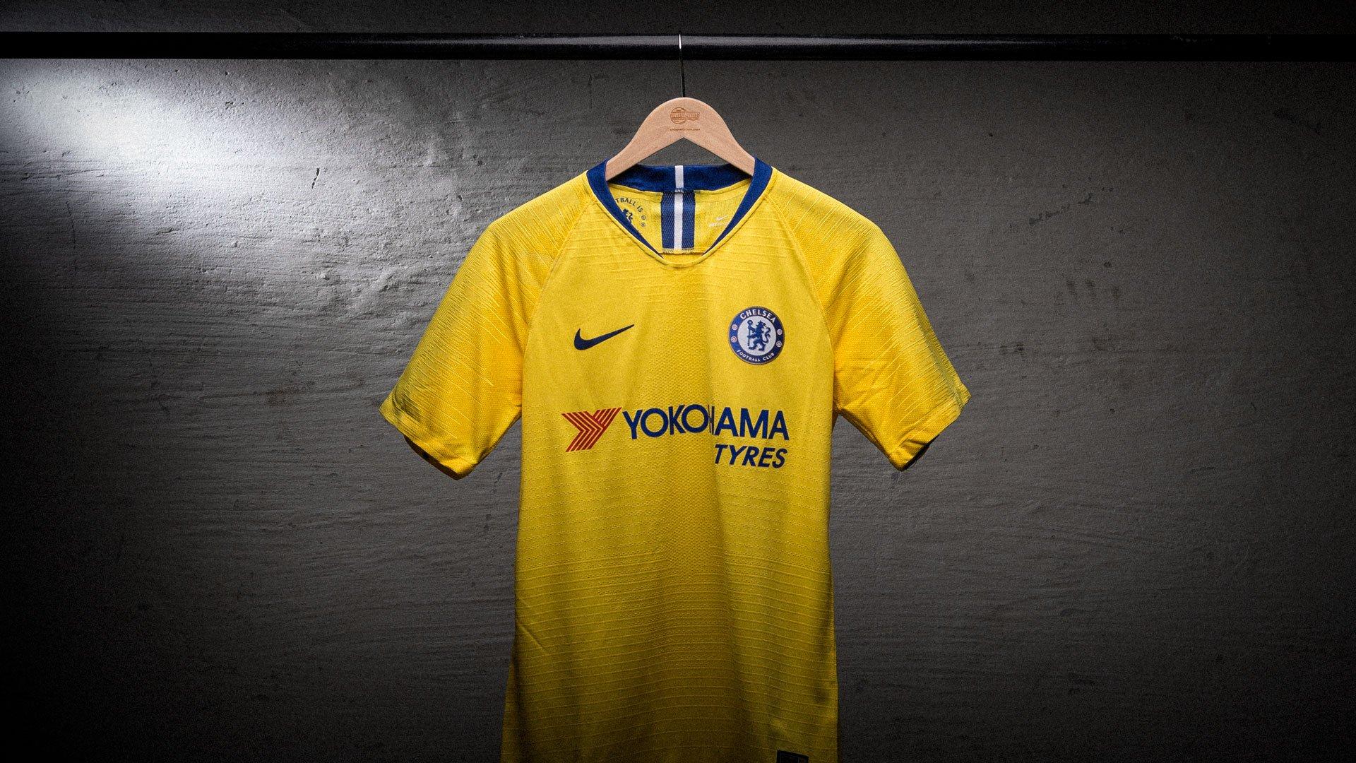 official photos fba95 6712b Chelsea 2018/19 Away Shirt