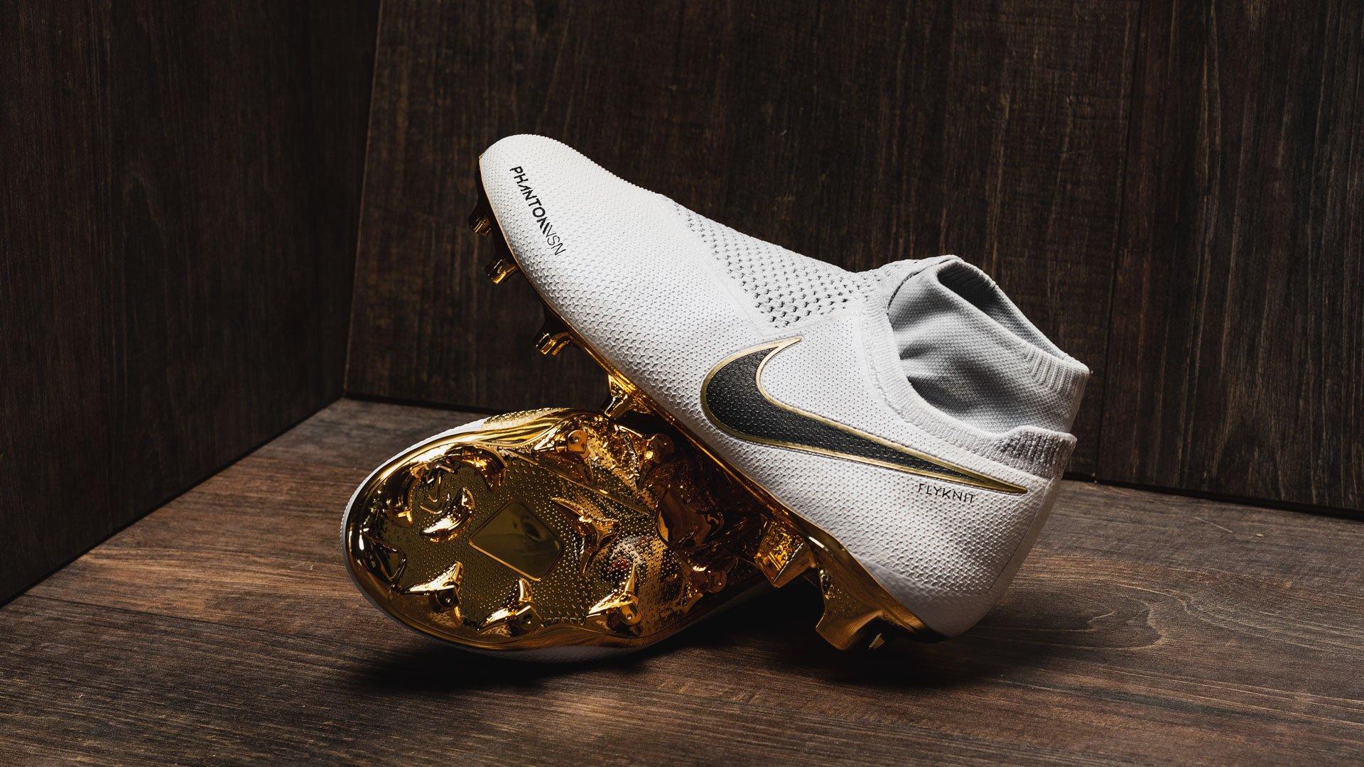 Sur Crampons Phantomvsn Les Nouveaux GoldDécouvre Tout Nike cL43ARj5q