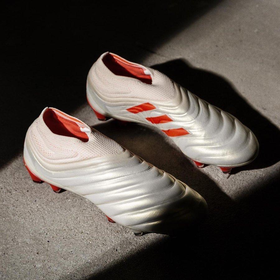 san francisco a9474 985a8 Möt adidas Copa 19+   Första snörningslösa läderskon