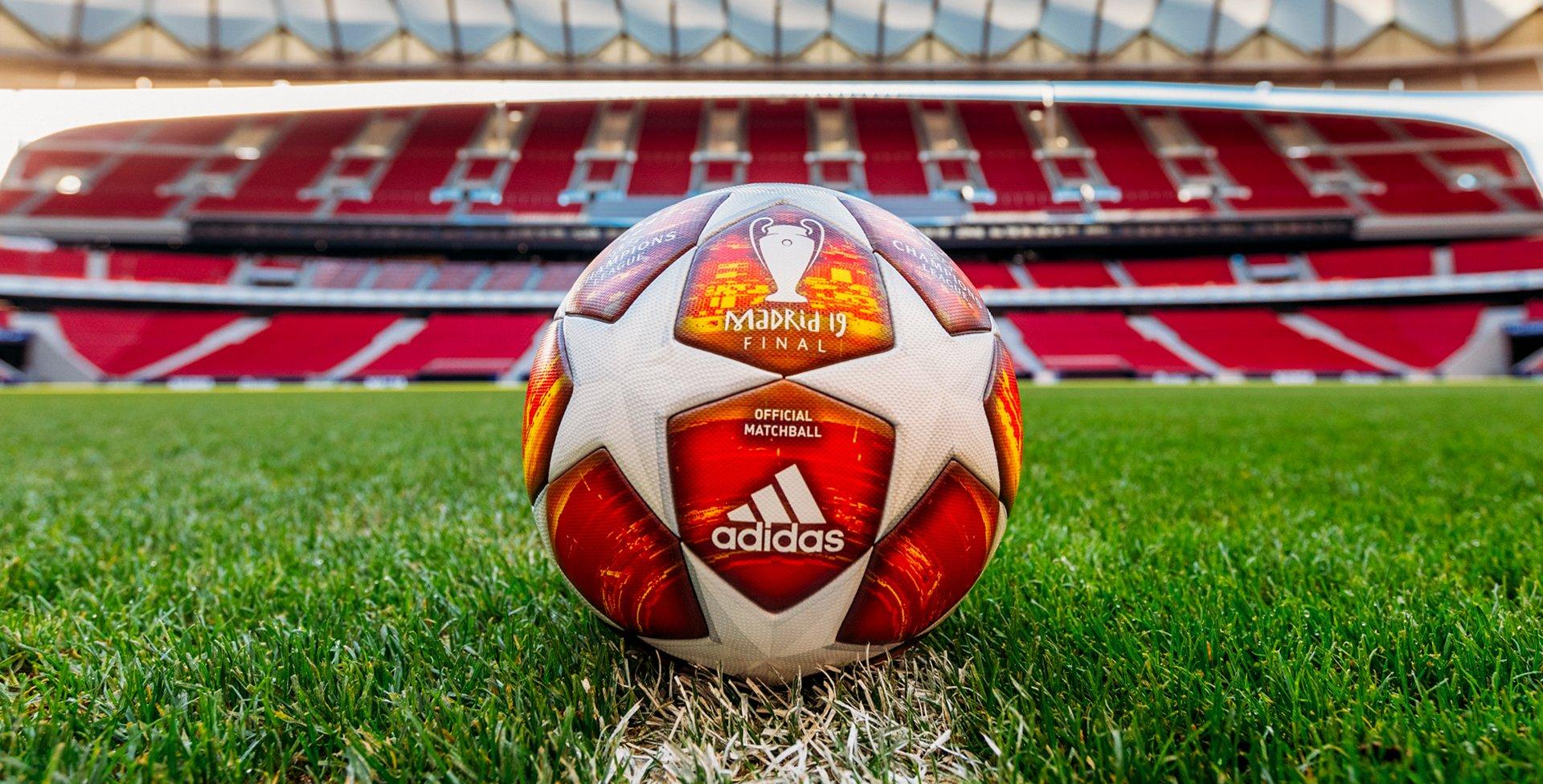 1448688ca4d De officiële Champions League Final bal | Lees meer over deze nieuwe voetbal  bij Unisport