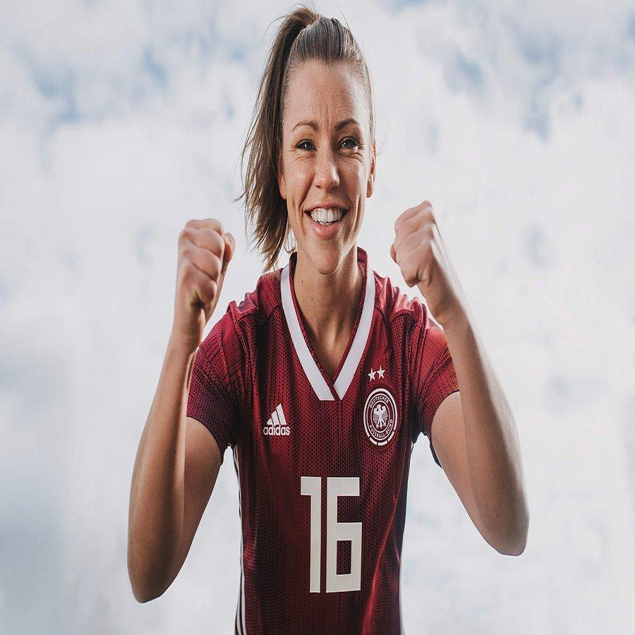 adidas DFB WM Trikot für die Frauen Weltmeisterschaft 2019