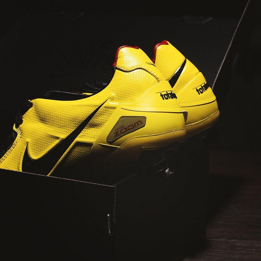 neues Hoch USA billig verkaufen autorisierte Website Nike präsentiert ein Remake des Total 90 Laser 1
