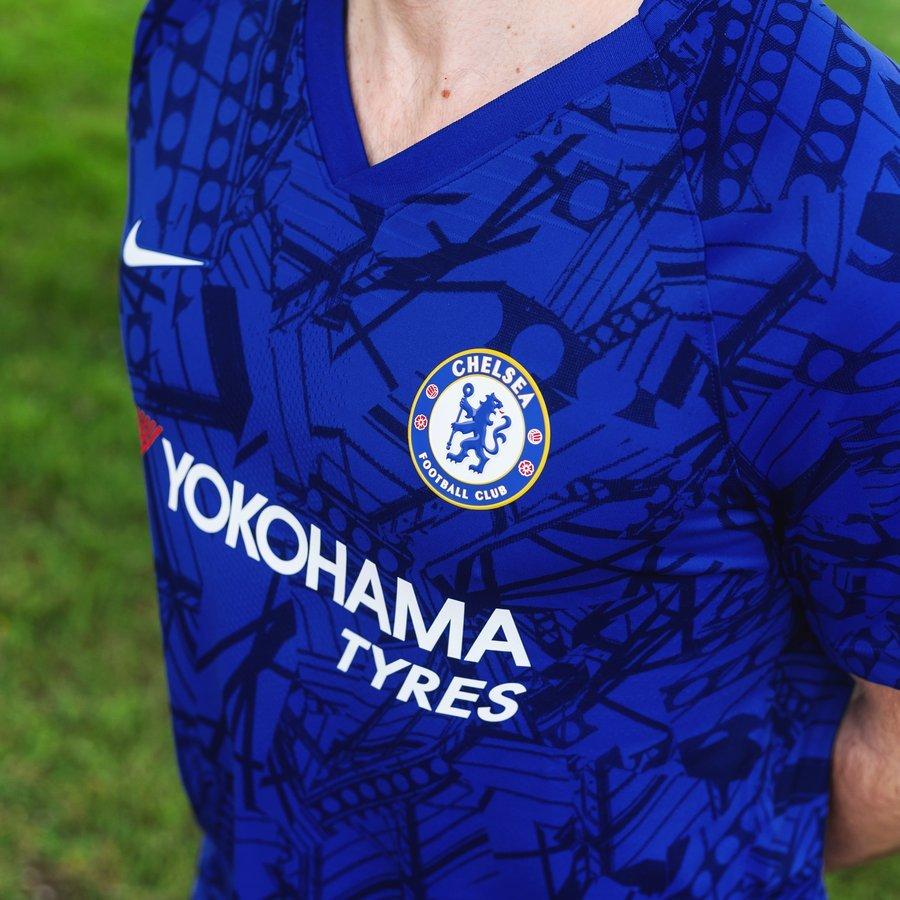 the latest ada53 e3268 Nike presents 2019/20 Chelsea Home Shirt