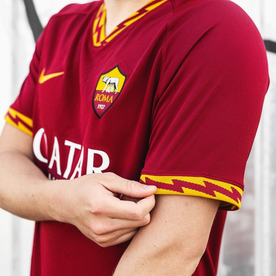 Roma 201920 Home Shirt Get The Details At Unisport