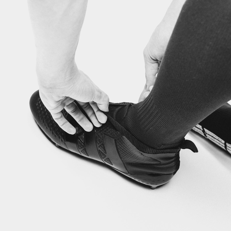 Adidas lanserar en Ace prototyp utan skosnören |