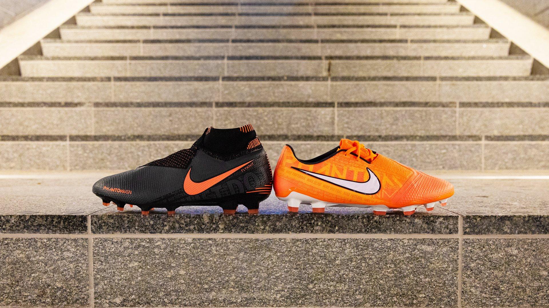 Nike PhantomVSN Gold△   Les mer om de nye fotballskoene  