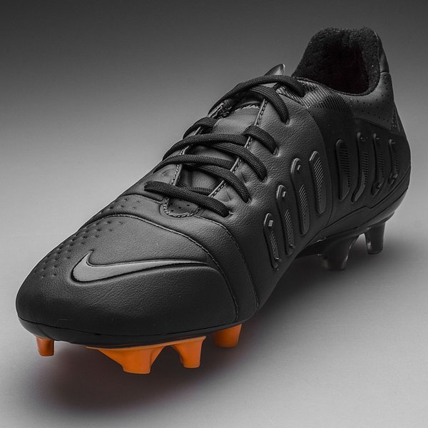 finest selection 213b1 694ce Nike - CTR360 Maestri III ACC FG Svart Vit Orange