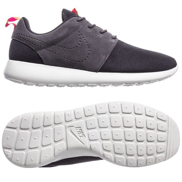 finest selection eac76 36ec6 nike roshe run svart grå