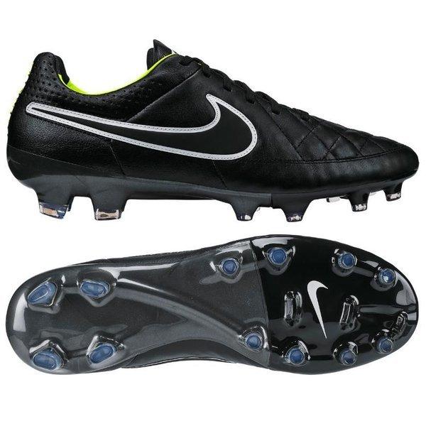 reputable site b4f37 dea92 football boots image shadow