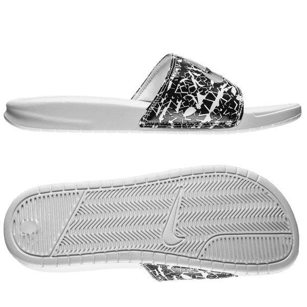 3782e0485416 Nike Badesandal Benassi JDI Print Hvid Sølv Sort Dame