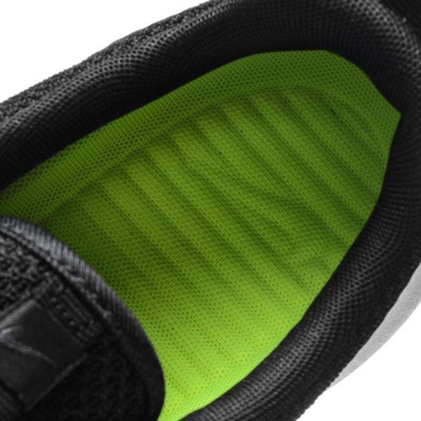 Nike Roshe One Musta Valkoinen Harmaa. Lue lisää tuotteesta. - tennarit dbac7216fa