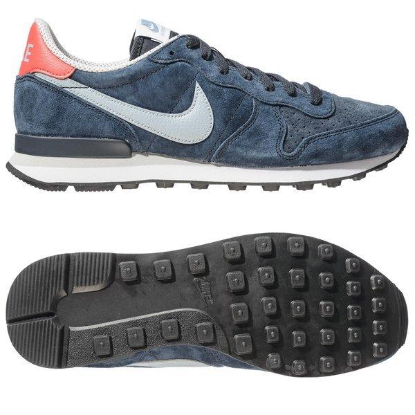 sneakers for cheap 457d6 9716e Nike Internationalist Dark Obsidian Dove Grey Daring Red   www ...