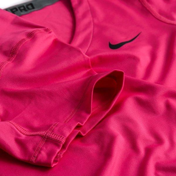 ee5e6a82 Nike Pro T-Skjorte V-Neck Rosa Dame   www.unisportstore.no