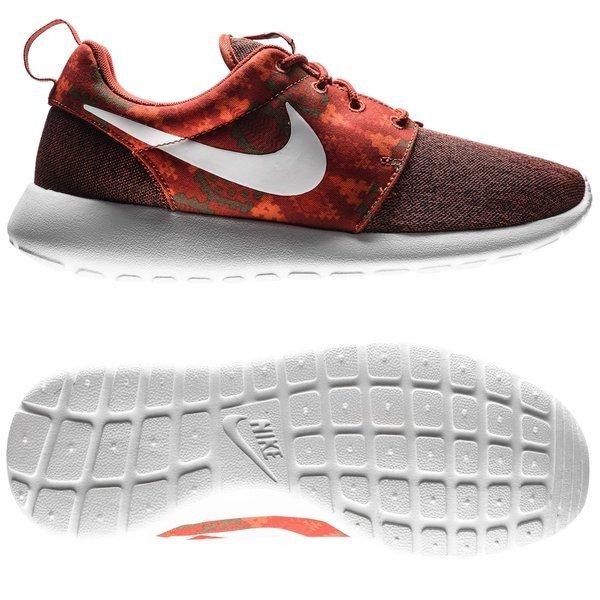 buy popular 01e99 86866 ... top quality nike roshe one print burgunder oransje. les mer om  produktet. sneakers.