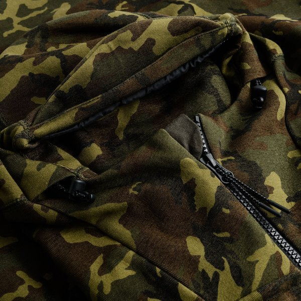 22268ca8055 Nike Hoodie Tech Fleece Camo Green/Black/Brown | www.unisportstore.com
