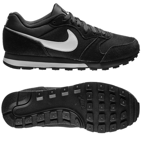 info for 47f04 3a77d Nike MD Runner 2 - Svart Vit. Läs mer om produkten. - sneakers. - sneakers  image shadow