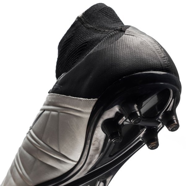 aec01c4b4bcb Nike Hypervenom Phantom II Leather Tech Craft FG Light Bone Black. Read  more about the product. - football boots