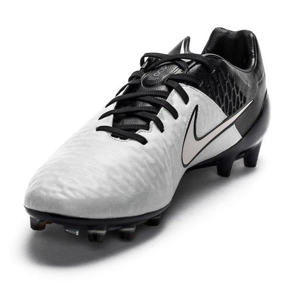 Nike Magista Opus Leather Tech Craft FG Light Bone/Black |  www.unisportstore.com