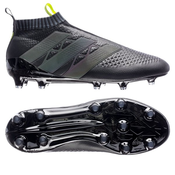 reputable site fa237 91310 football boots image shadow