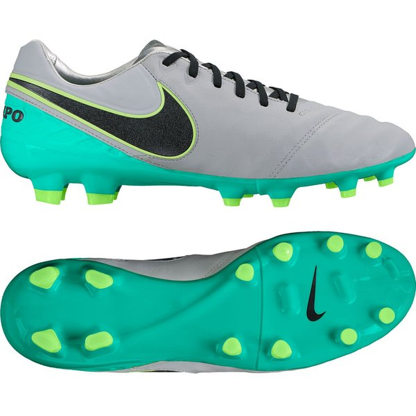 reputable site 607cd a849c football boots image shadow
