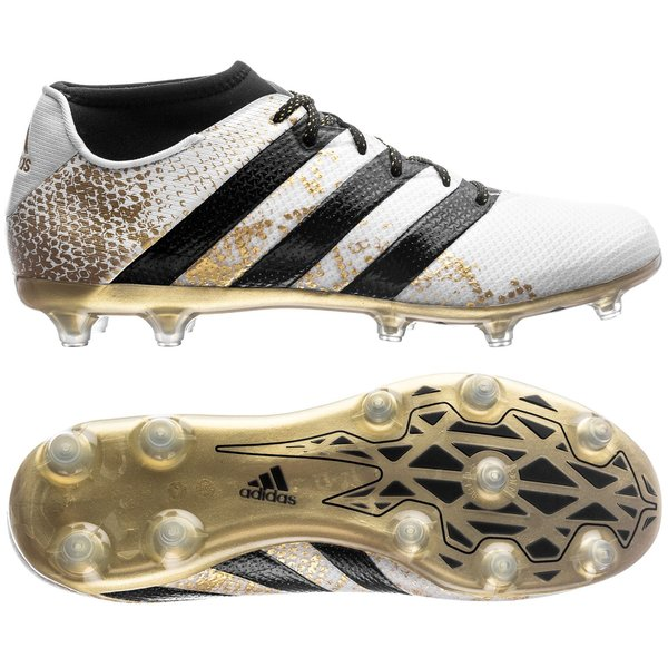 reputable site d18d4 233e1 football boots image shadow