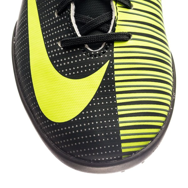 check out 9f825 e923b Nike MercurialX Vapor XI CR7 Chapter 3: Discovery TF ...