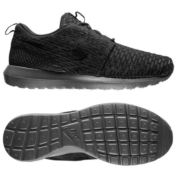 5d1fe5a6894c1 Nike Roshe Run Flyknit - Black Midnight Fog