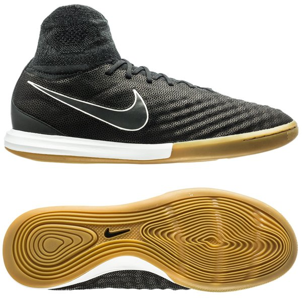 f52db6afb €200. Price is incl. 19% VAT. -65%. Nike MagistaX Proximo II Leather IC  Tech Craft ...