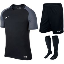 nike revelution 9+1 kids - kit