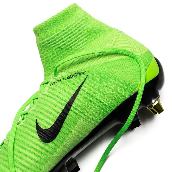 Nike Mercurial Superfly V SG-PRO Anti-Clog Radiation Flare - Electric  Green/Black. Read more about the product. Compare models. - football boots