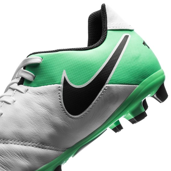 sports shoes 6a054 2788c buy nike tiempo legend grøn and hvid game f65c1 d910d