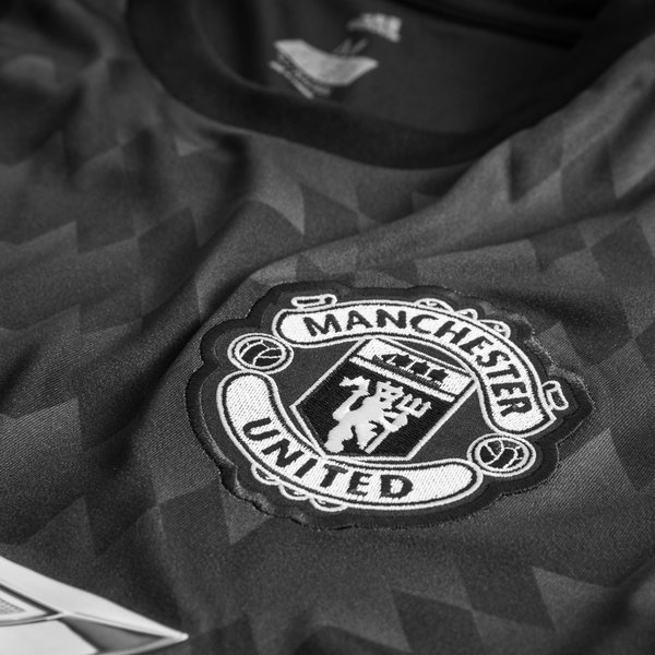Manchester united maillot ext rieur 2017 18 www for Manchester united exterieur