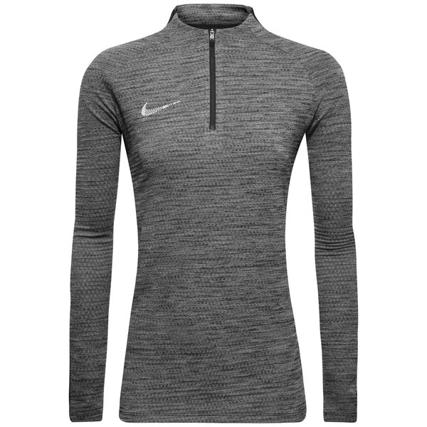 low priced 65315 8f131 52.00 EUR. Price is incl. 19% VAT. -30%. Nike Training Shirt Dry Squad Drill  ...