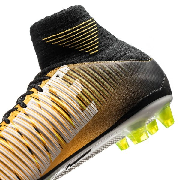 b2f4b317cc966 Nike Mercurial Veloce III DF AG-PRO Lock in. Let loose. - Laser ...