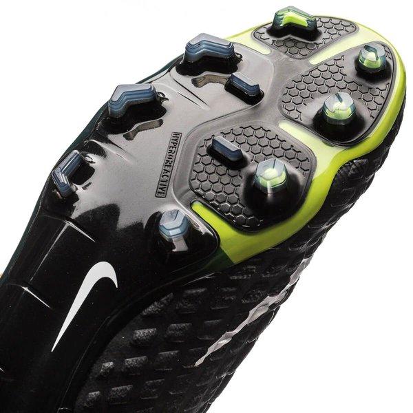 online store ee3b5 a2952 Nike Hypervenom Phantom 3 DF FG Lock in. Let loose. - Orange Vit