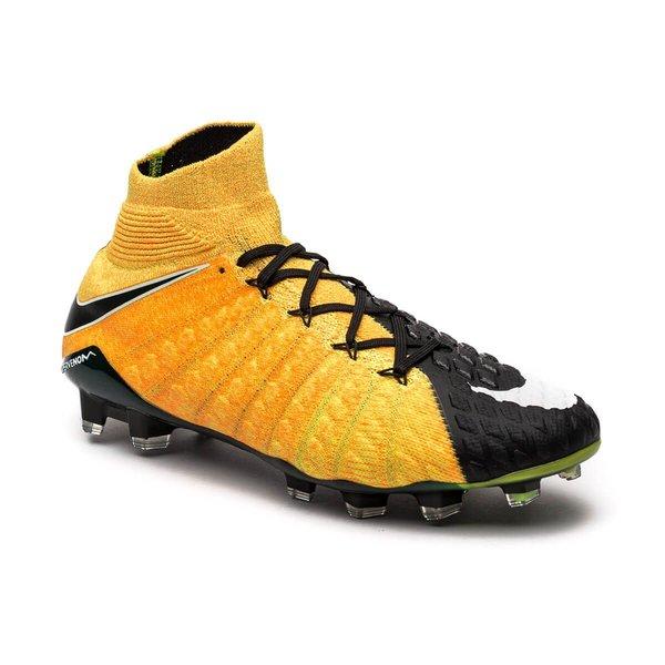 online store 969d1 c5e59 Nike Hypervenom Phantom 3 DF FG Lock in. Let loose. - Orange Vit