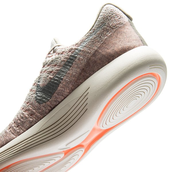low priced 0a631 76061 Nike Running Shoe LunarEpic Low Flyknit 2 - Pale Grey Metallic  Silver Sunset Glow