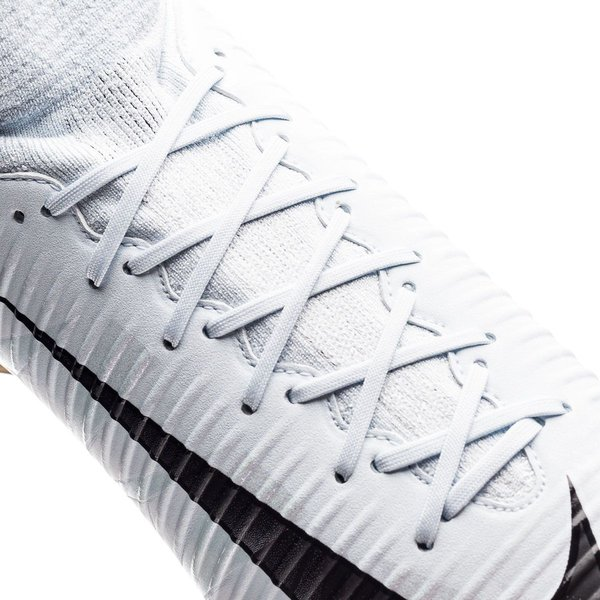 the best attitude fa4a8 b2ec0 Nike Mercurial Veloce III DF CR7 Chapter 5  Cut to brilliance AG-PRO -