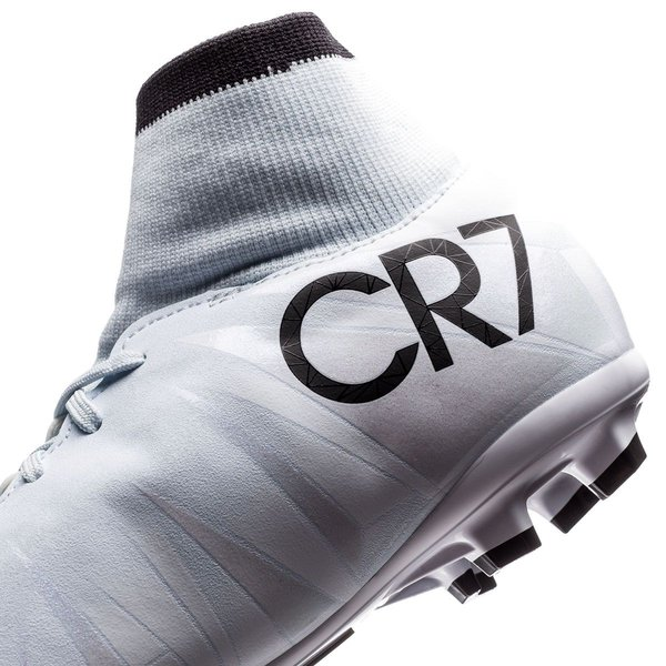 ceec2a5b963 ... sweden nike mercurial victory vi df cr7 chapter 5 cut to brilliance fg  blue tint 08663